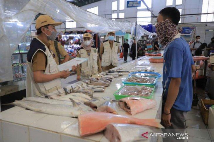 Hasil sidak, Disperindag Tangerang temukan makanan kadaluarsa