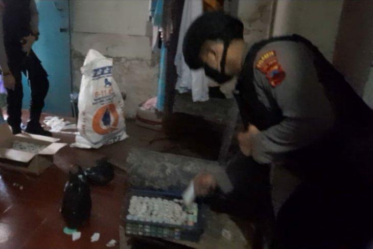 Polisi gerebek industri petasan rumahan