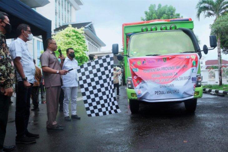 Pemprov Maluku - TGPP bagikan 6.375 paket bahan pokok untuk warga prasejahtera