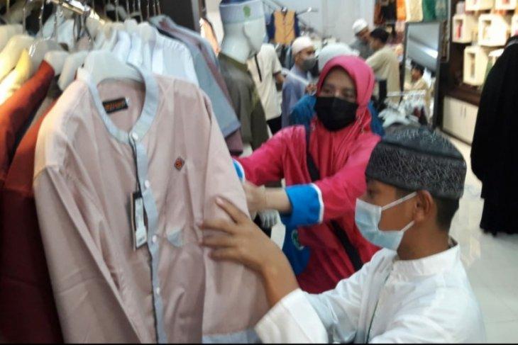 Nasyi'atul AisyiyahKalbar bekerjasama dengan TBK PLN santuni 100 anak Yatim