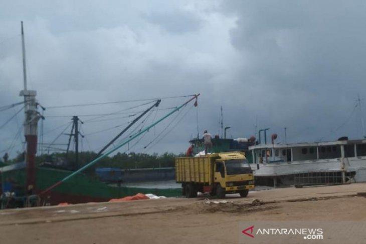 Kapal ro-ro di Pangkalbalam - Tanjung Priok tidak melayani penumpang