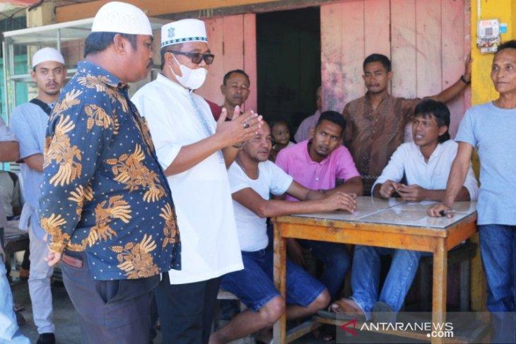 Bupati Aceh Barat mendadak temui awak sopir di Terminal Meulaboh, ada apa?
