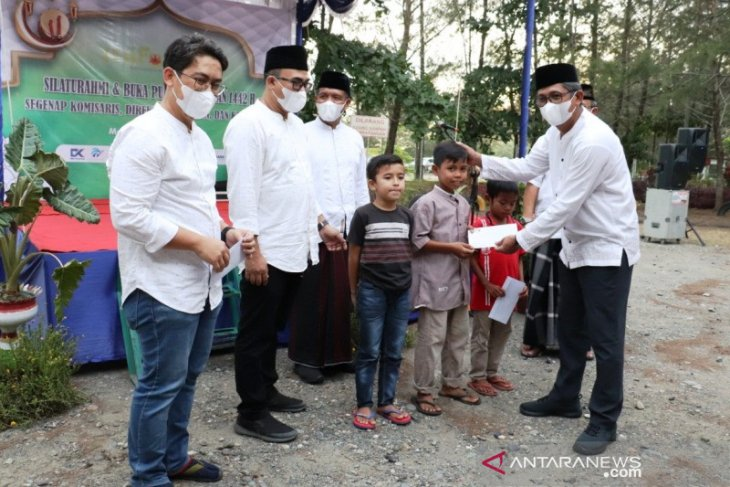 Mau lebaran, PT Mifa Bersaudara santuni 436 yatim di Meureubo Aceh Barat