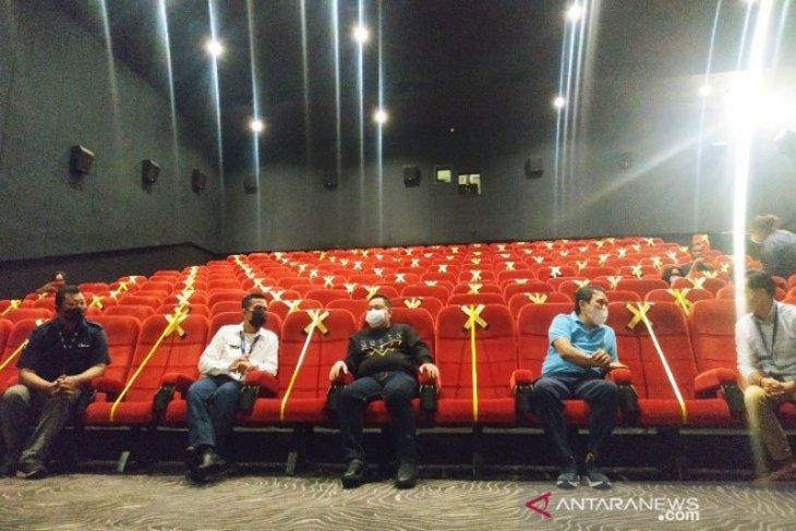 Bupati Kotawaringin Timur izinkan bioskop  dibuka