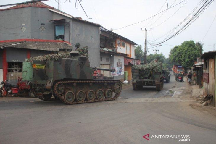 Video viral tank halau pemudik, ini klarifikasi Kodam Jaya