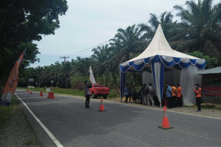 Cerita pemudik lokal lolos dari pos penyekatan Riau-Sumut
