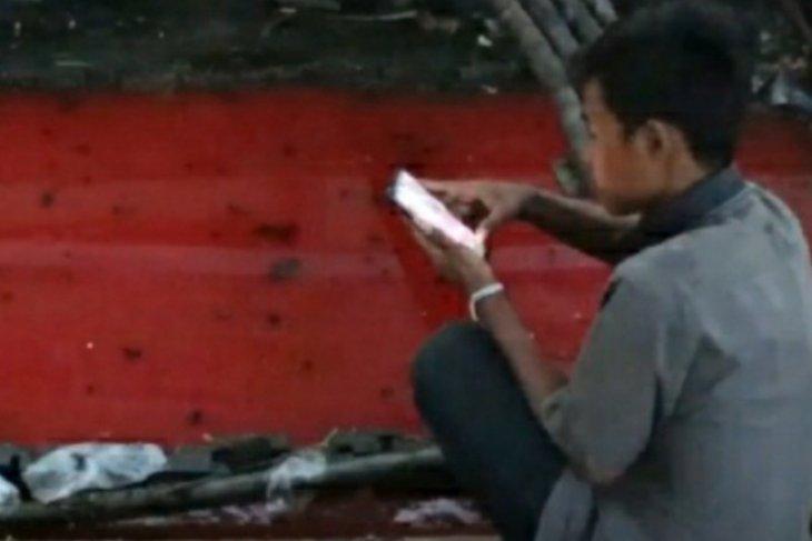 DLH Kota Pontianak investigasi penyebab air warna merah di parit