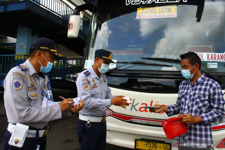Pemeriksaan Bus saat Larangan Mudik