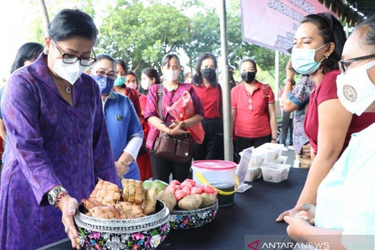 Dekranasda Bali minta pedagang gunakan kemasan aman untuk kesehatan