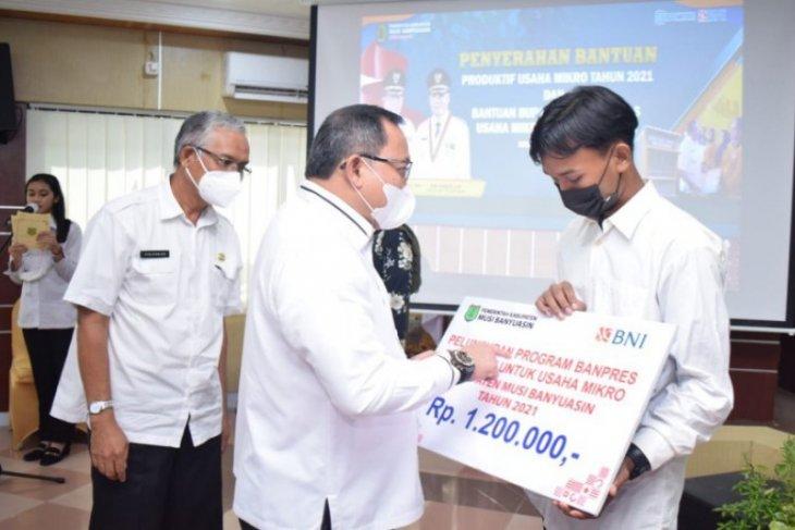 Terdampak COVID-19, Sebanyak 2.988 orang warga Aceh Jaya terima dana BPUM