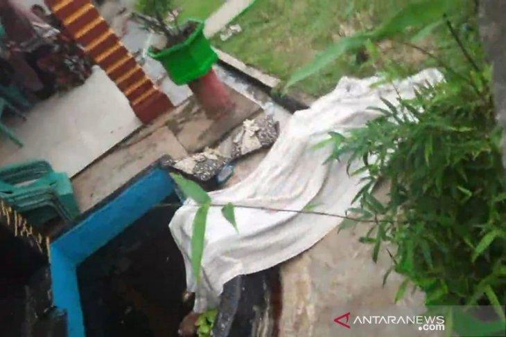 Polisi dalami kasus penemuan mayat bersimbah darah di Bengkulu