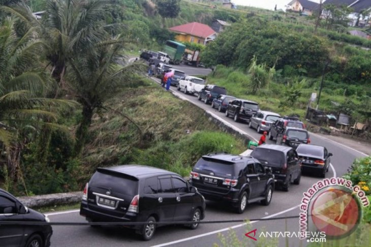 Dishub Agam menyediakan jalur alternatif antisipasi kemacetan Bukittinggi
