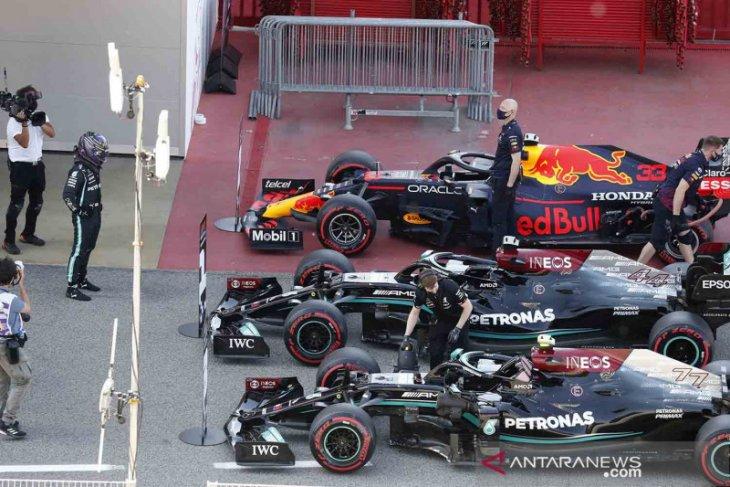 Formula 1: Hamilton kalahkan Verstappen untuk raih pole ke-100 di Catalunya