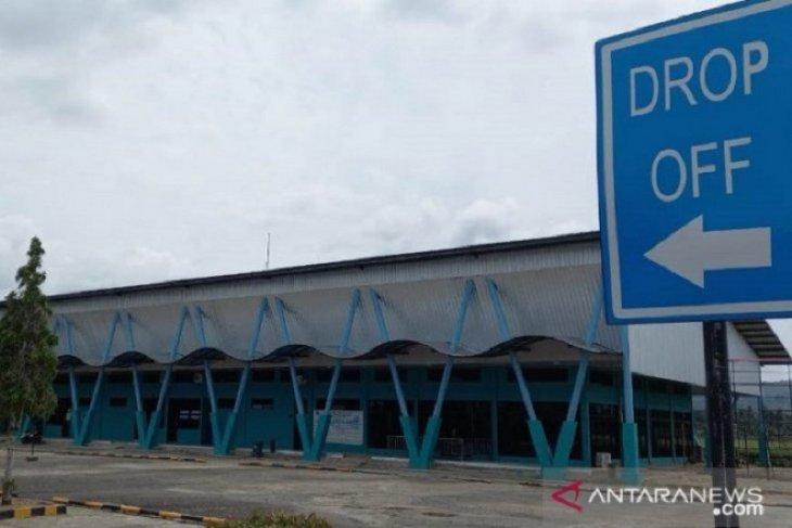 Larangan mudik diberlakukan, penerbangan di Bandara Pinangsori tentative