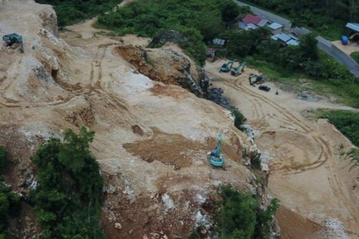 Polres Tabalong menindak penambangan batu gamping ilegal