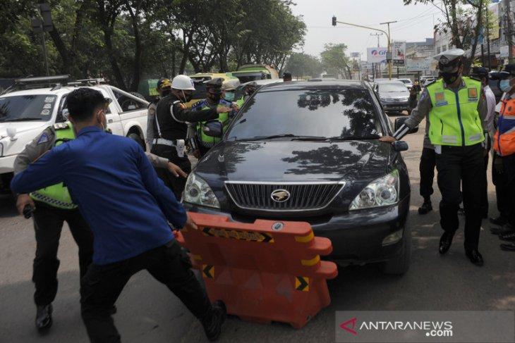 Polisi pastikan tak ada kendaraan menerobos masuk sejak larangan mudik