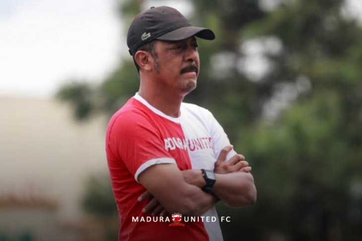 Manager Madura United: Tidak ada alasan kompetisi tanpa degradasi