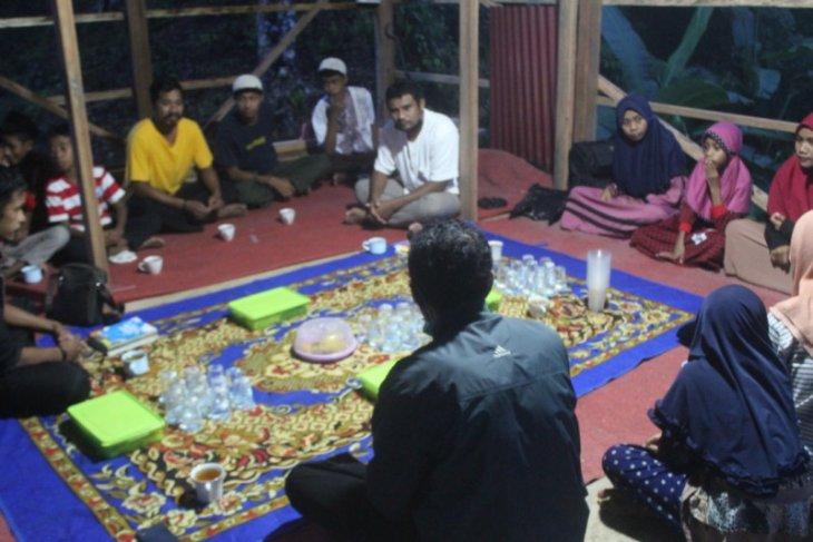 Pegiat literasi di Kota Tikep gelar program literasi lintas kampung