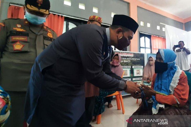 Bahagiakan lansia jelang hari raya, ini dilakukan Pemkab Aceh Jaya