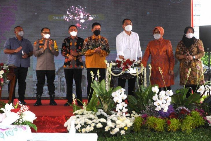 Mensos Risma dan Wali Kota Eri Cahaydi resmikan Museum Olahraga Surabaya