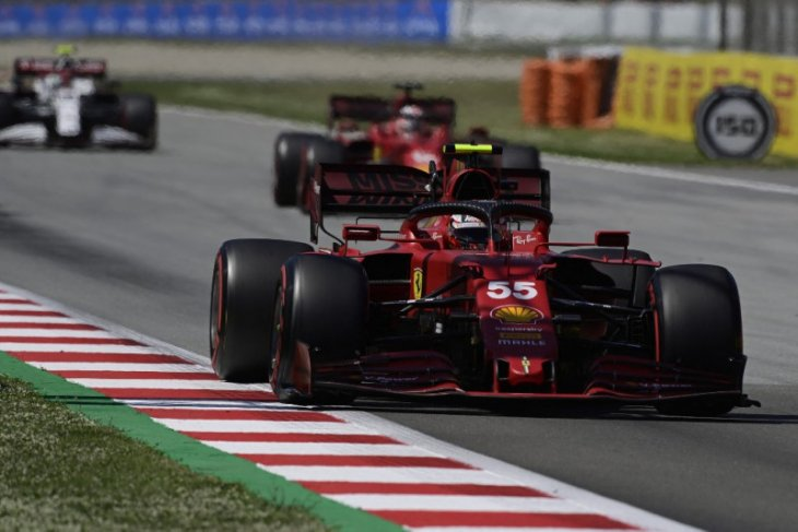 Ferrari kembali tunjukkan perbaikan performa
