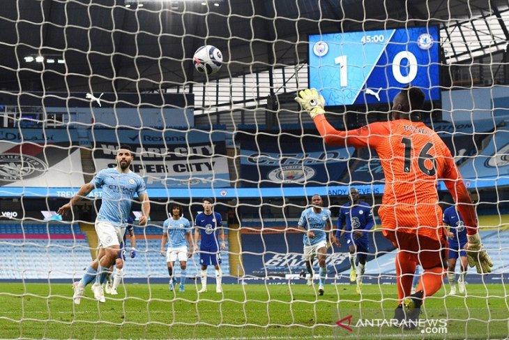 Aguero meminta maaf atas kegagalannya mengkonversi penalti