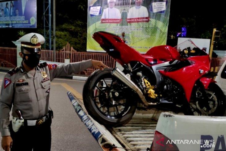 Satlantas Banjarmasin kembali tilang sepeda motor berknalpot bising