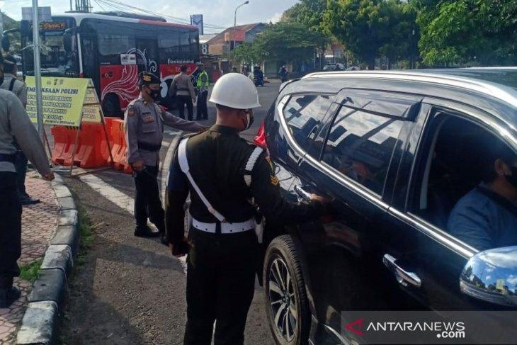 Sembilan orang terjaring operasi protokol kesehatan di Denpasar