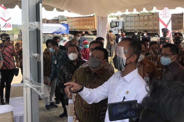 Govt to expedite development of halal industrial estates