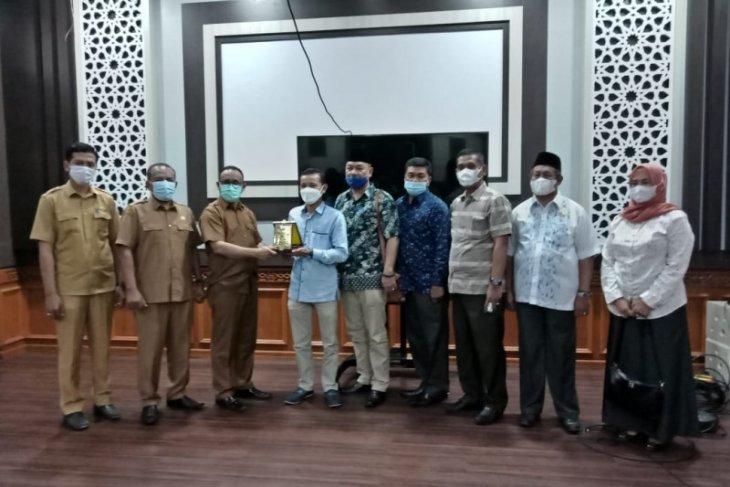 Kunker ke Aceh, Komisi B DPRD Langkat sambangi Disdik