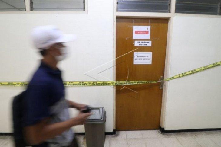 Polri lakukan penggeledahan di Kantor BKD Nganjuk