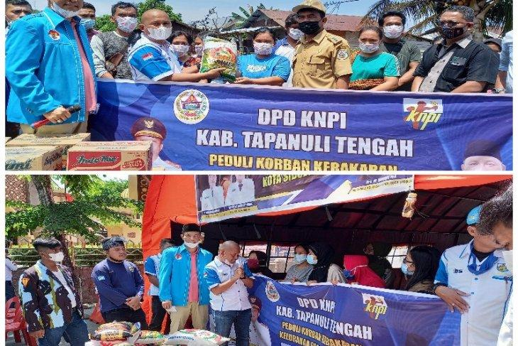DPD KNPI Tapteng serahkan bantuan untuk korban kebakaran di Sibolga dan Mela