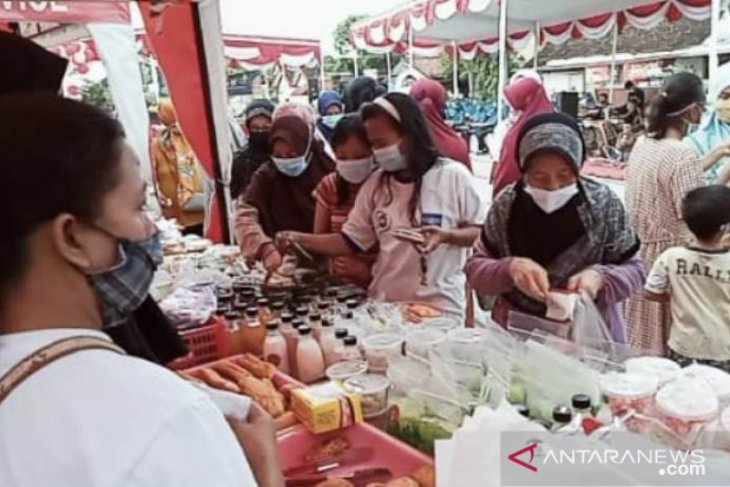 Pemkot Madiun  gelar bazar takjil Ramadhan 2021 guna dongkrak ekonomi