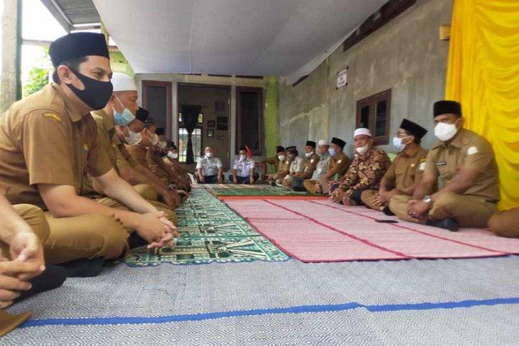Bupati dan OPD Aceh Timur gelar tahlilan di kediaman ulama