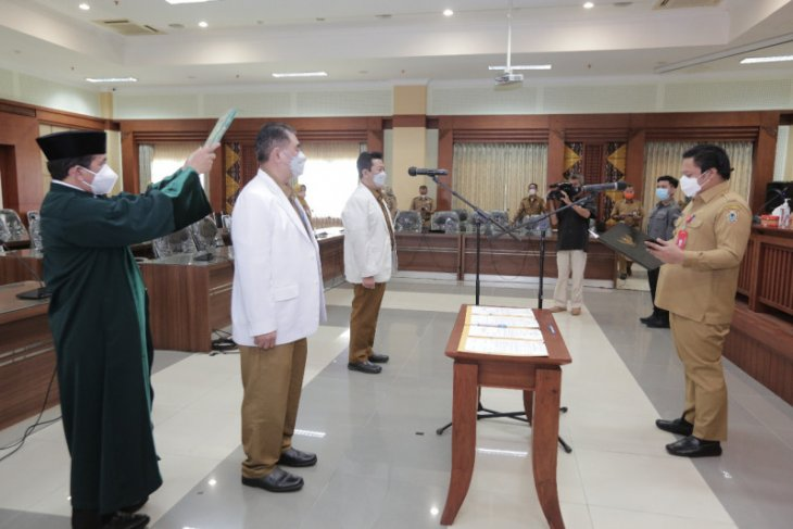 Pemprov Kalsel lantik dua dokter pendidik klinis ahli utama