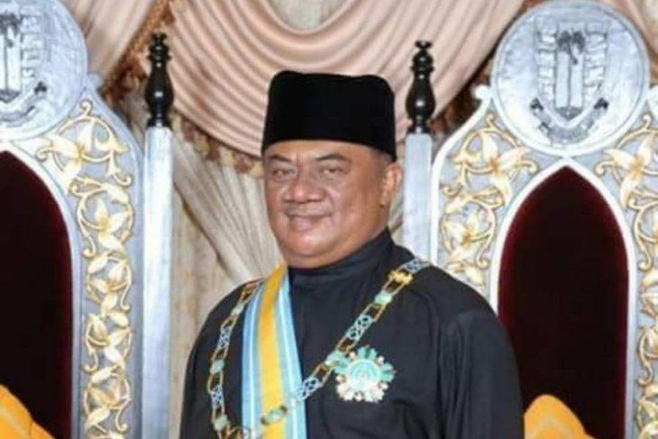 Dato Lelawangsa H Syamsul Arifin SE bagikan 2.000 paket Idul Fitri