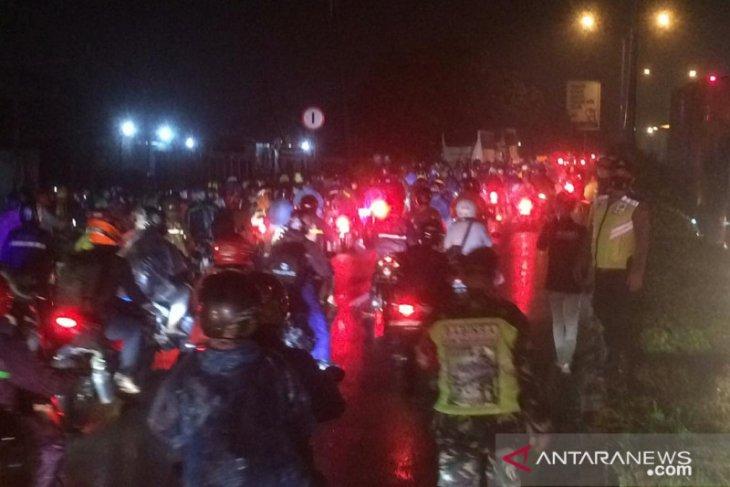 Provokator pemudik di pos penyekatan Karawang ditangkap polisi