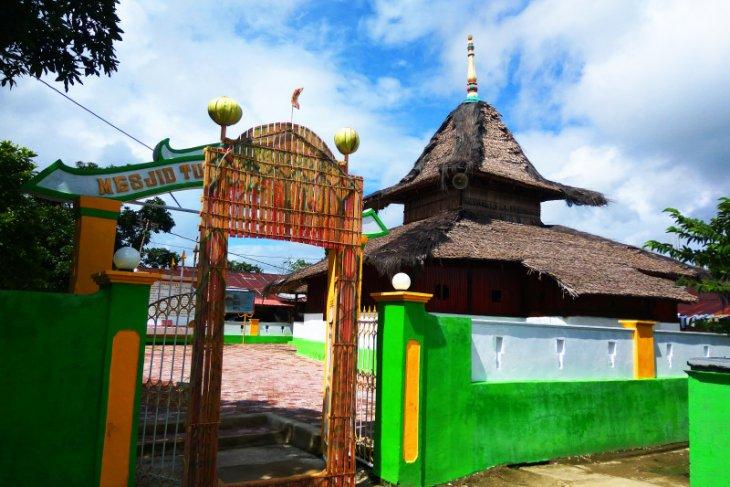 Sejumlah desa Muslim di Pulau Ambon gelar takbiran Idul Fitri 1442 Hijriah