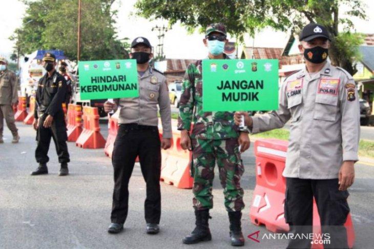 Polisi Sumsel tindak 84 mobil travel bawa pemudik Lebaran sejak 6 Mei