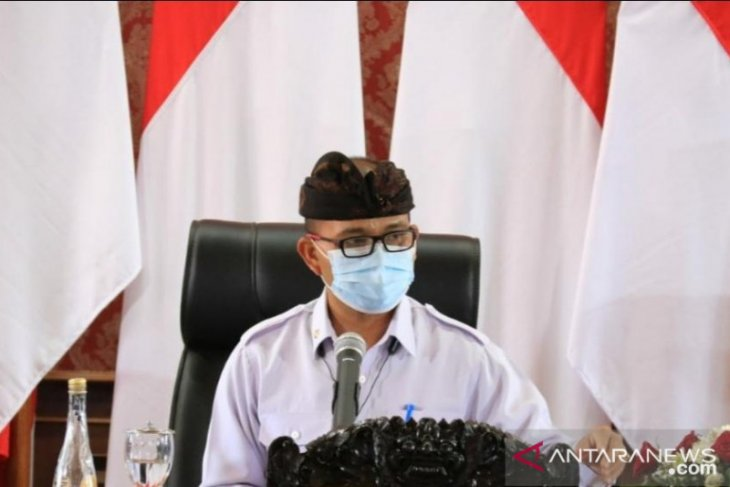 Pemprov Bali serahkan Rp517 juta untuk korban bencana di NTT