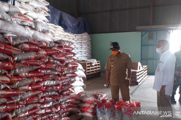Perum Bulog Belitung pastikan stok beras cukup hadapi Idul Fitri