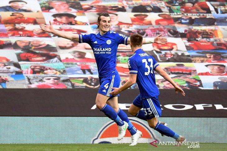 Leicester pecundangi MU, Manchester City juara Liga Premier