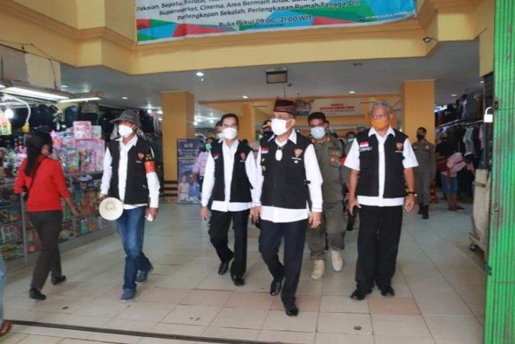 Pemkot Ambon pantau penerapan protokol kesehatan di pusat perbelanjaan