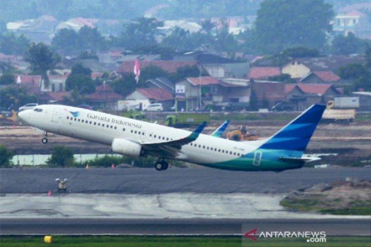 Perdagangan saham Garuda Indonesia dihentikan sementara