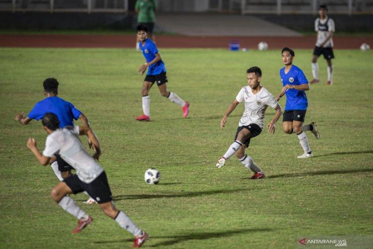 Pelatih Shin Tae-yong soroti kualitas pertahanan dan operan timnas
