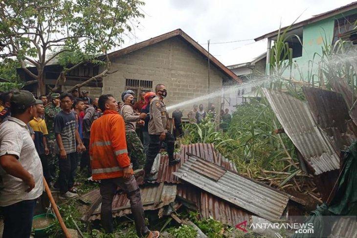 Sejumlah rumah di Aceh Tamiang terbakar