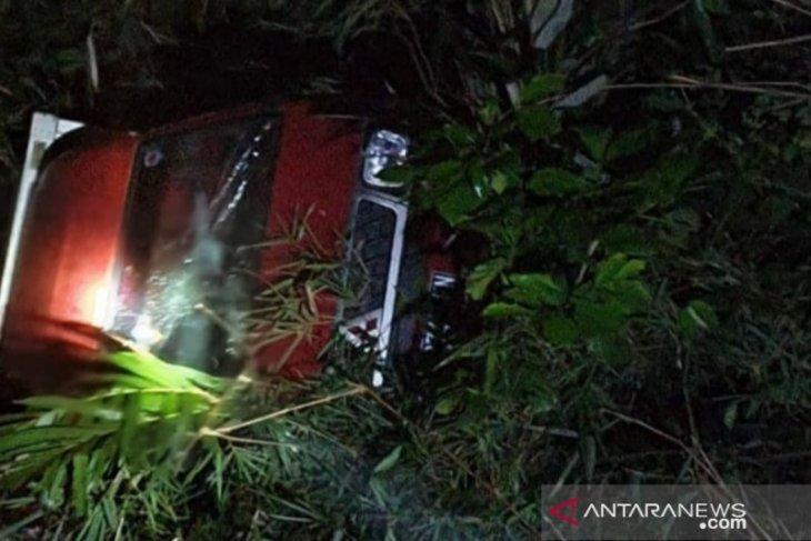 Sopir mobil boks tewas alami kecelakaan tunggal di Pagelaran-Cianjur