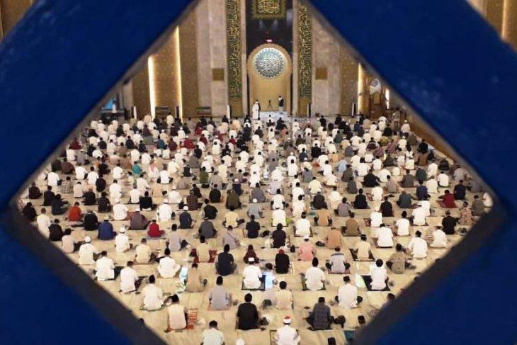 Khatib Masjid Al Akbar: Bersyukur kunci temukan kebahagiaan
