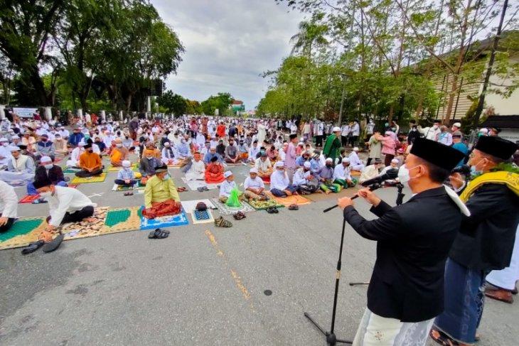 Pemkot Pontianak apresiasi warga terapkan prokes saat Shalat Idul Fitri