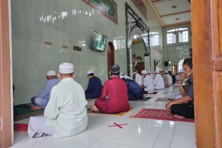 Khatib : Idul Firti momen introspeksi agar lebih baik lagi